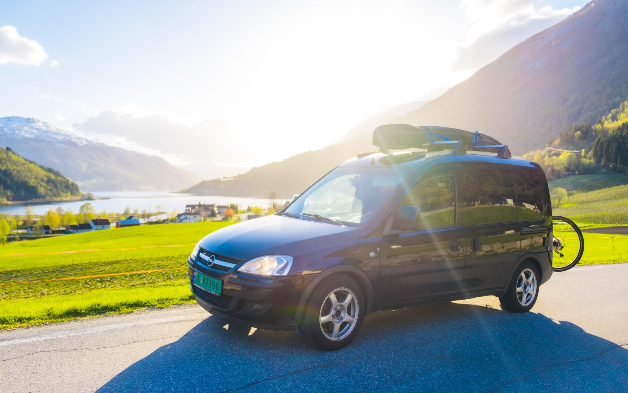Opel Sort - Norwegian Explorer Vans - Hoddevik - Thomas Brun - campervan-6